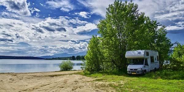 Camping sauvage pour sortir des sentiers battus